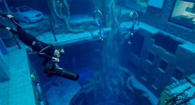 Deep Dive Dubai, Record Guinness como la piscina más profunda del mundo